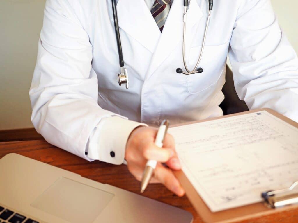 症状によっては適切な病院を紹介してくれるか