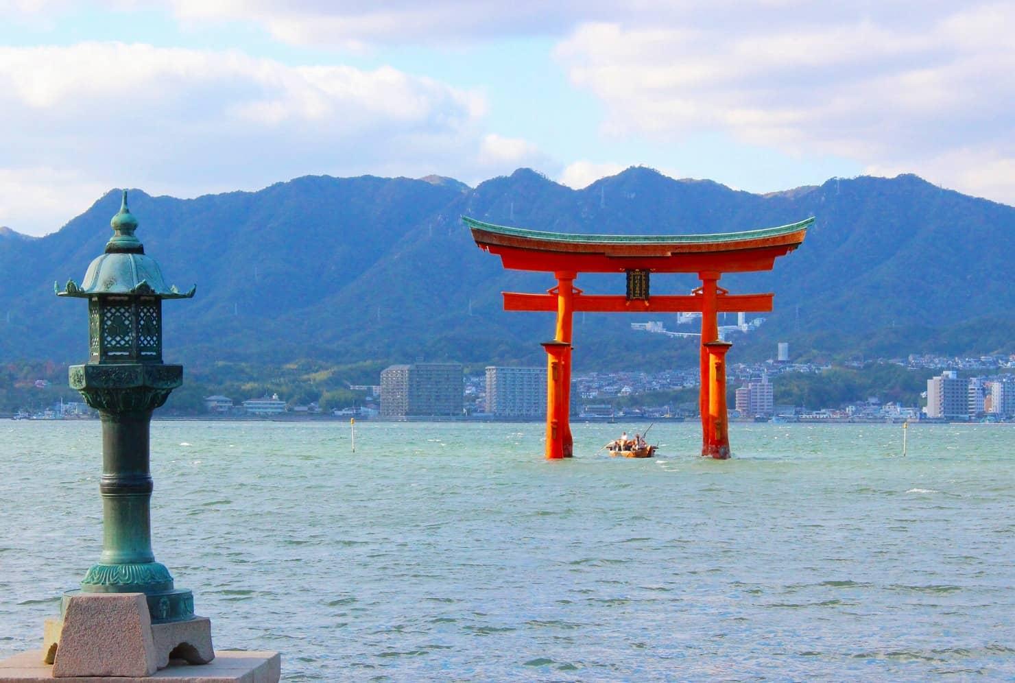 日本全国で人気の子宝神社、子授け寺は? 子宝祈願におすすめの神社、お寺を紹介