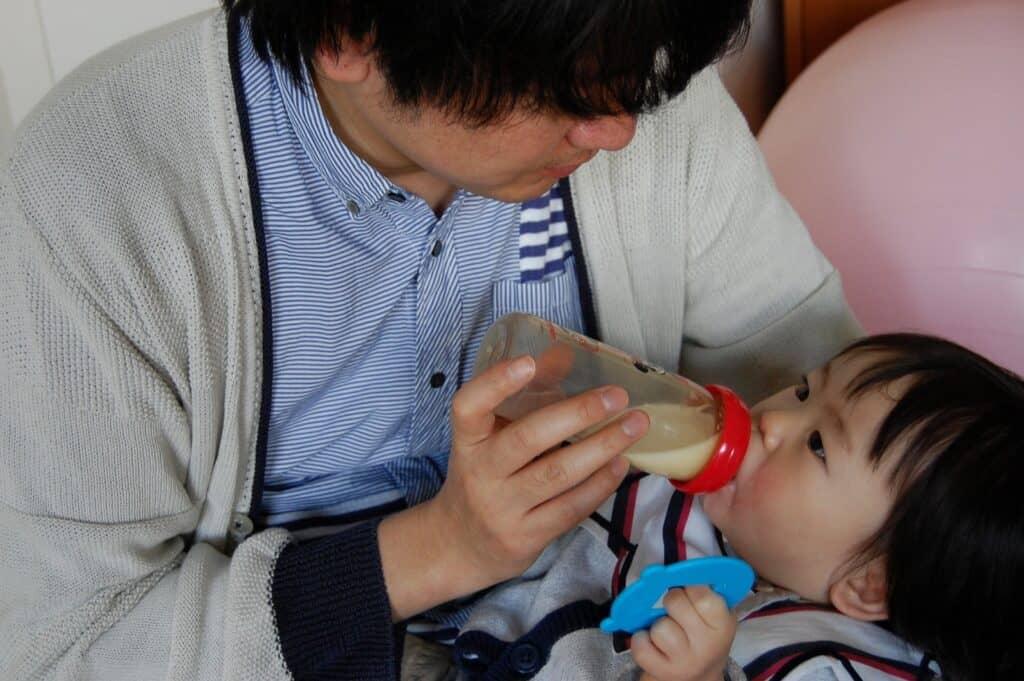 混合育児は家族の育児参加を促す