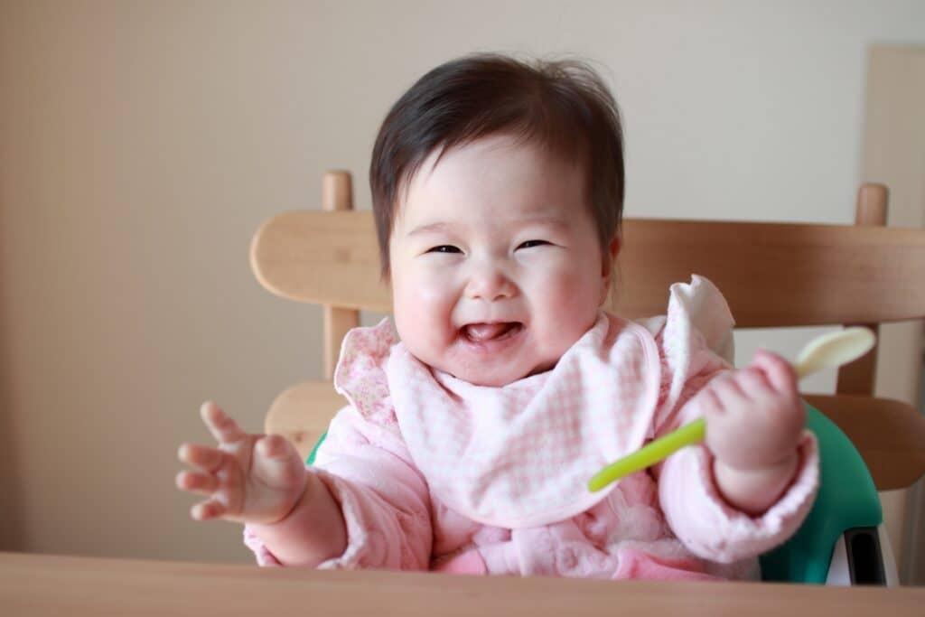 子供や赤ちゃんの遊び食べ対策⑥:子供が喜ぶ食事にする