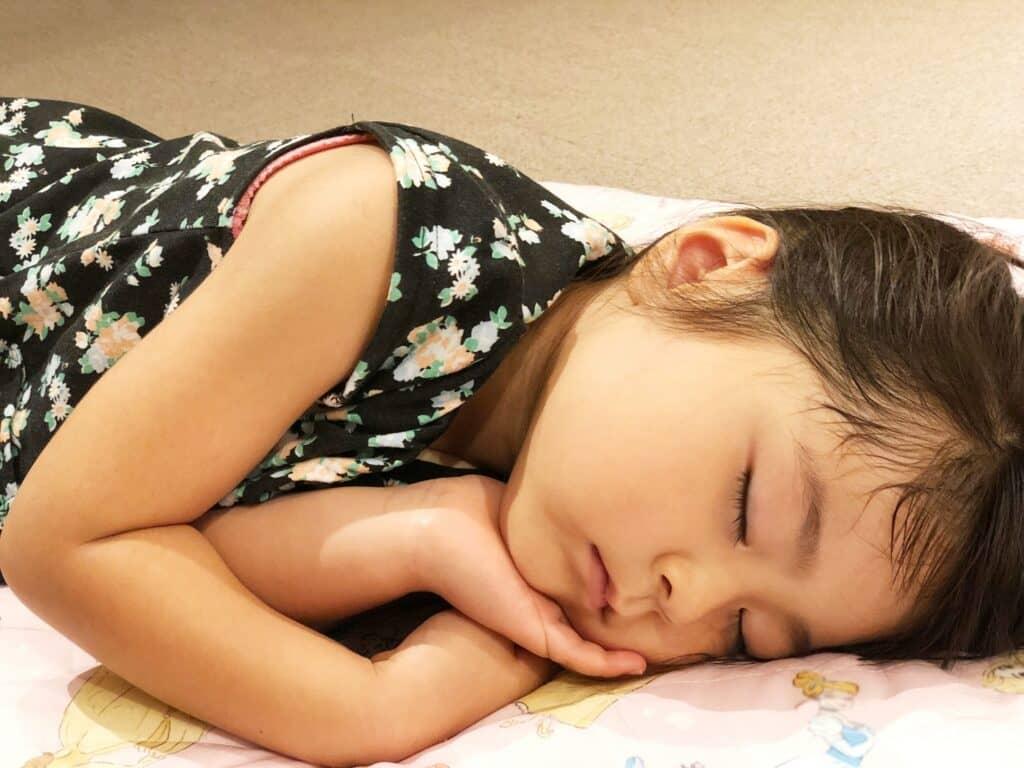 深い眠りで休息している時間が長いから