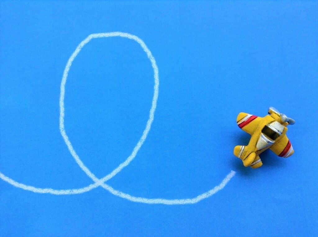 3歳~におすすめの飛行機おもちゃ! サウンドや飛ぶごっこ遊びも