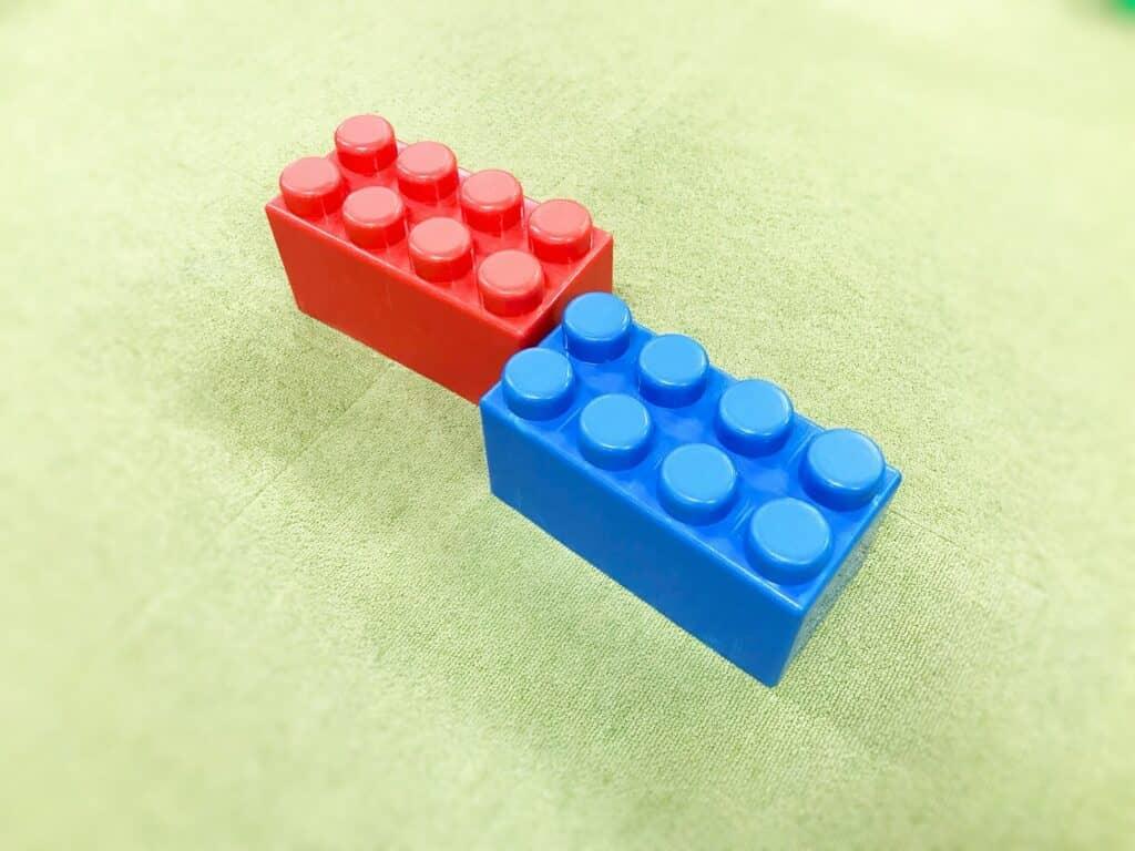 レゴブロックとは