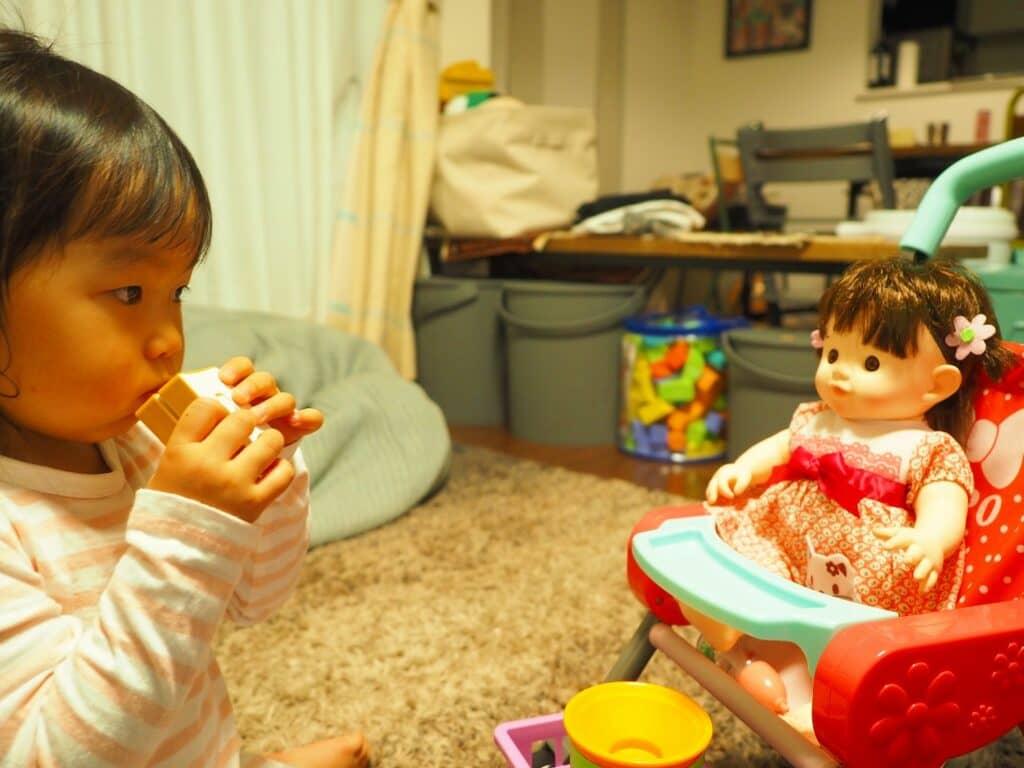 赤ちゃん人形で遊ぶことで得られること