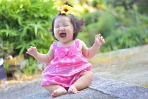 夏生まれ(6月、7月、8月)の女の子の赤ちゃんに付けたいおすすめの名前121選 夏を連想するかわいい名前を特集