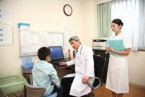 子供のかかりつけ医、小児科医はどう選ぶ? 信頼できる小児科の選び方を紹介
