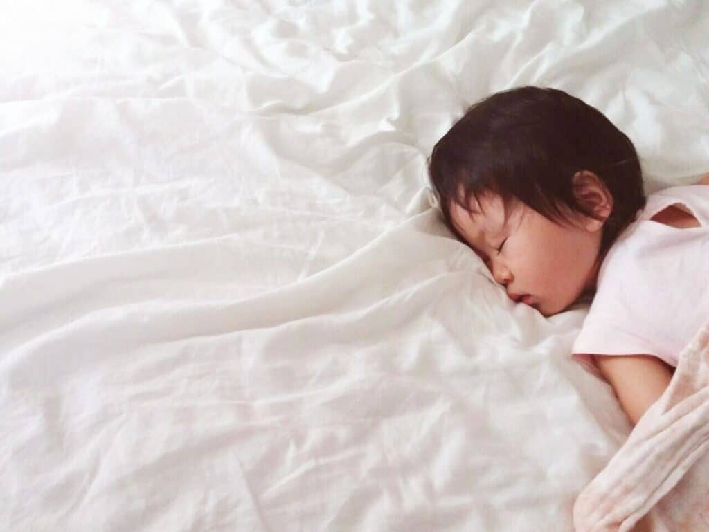 子供の寝相が悪いのは病気が原因?