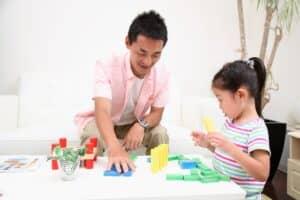 子供におすすめなドミノおもちゃ10選 楽しく知育教育を進めるのに人気!