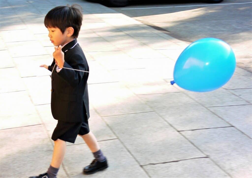 5歳の七五三はスーツでお参りも人気