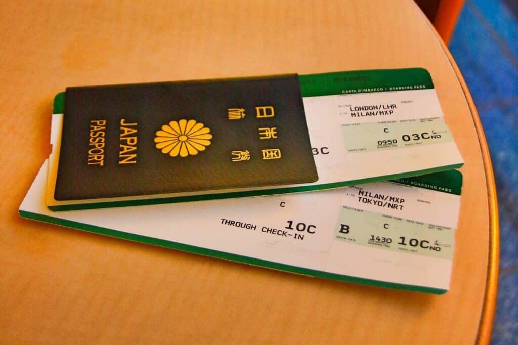子供の航空券の予約・購入方法は?
