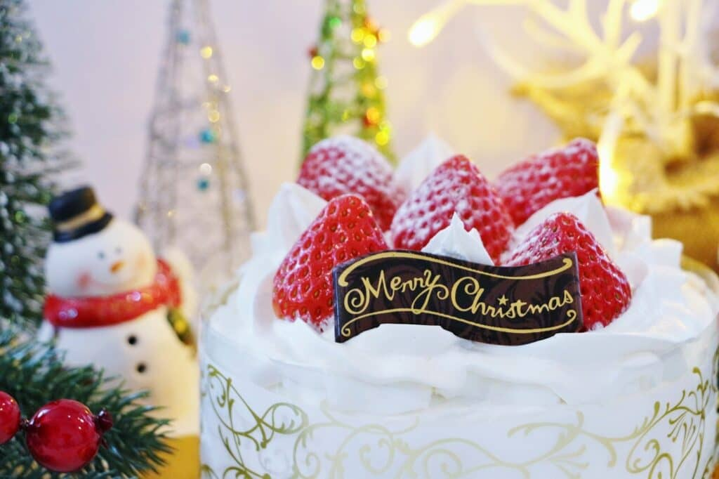 クリスマスケーキを予約する