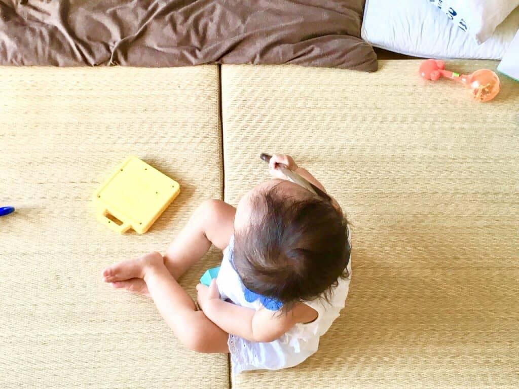 遊び食べの原因④:集中力の短さ