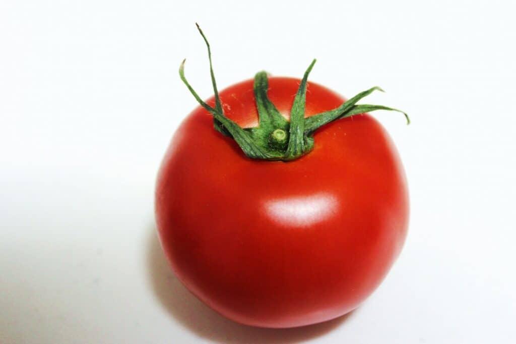 おいしいトマトを選ぶ時のポイントは?