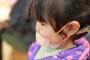マイコプラズマ肺炎の症状は? 子供の登園禁止期間や予防方法、注意点も紹介