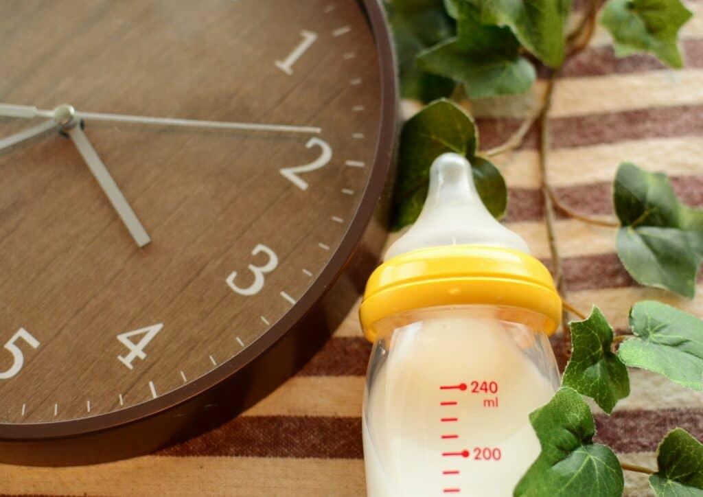 2回食の時間と母乳・ミルクとのバランス