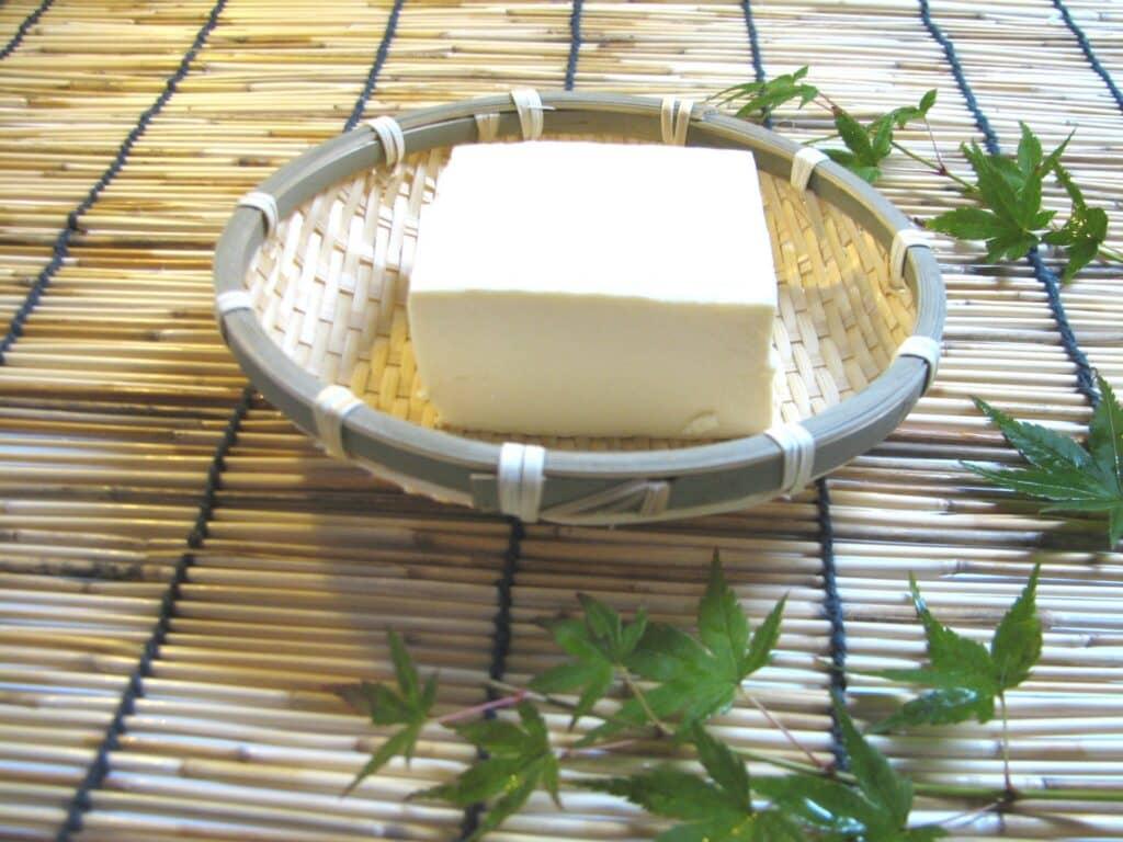 豆腐に含まれる栄養素は?