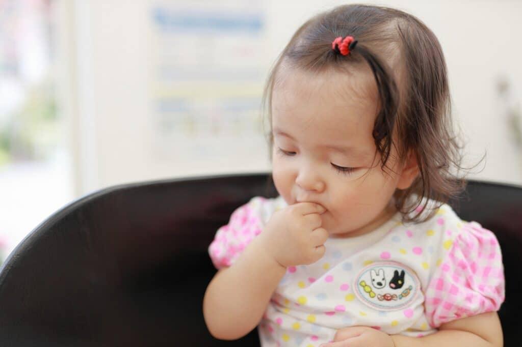 生後12ヶ月(1歳0ヶ月)の赤ちゃんの成長目安