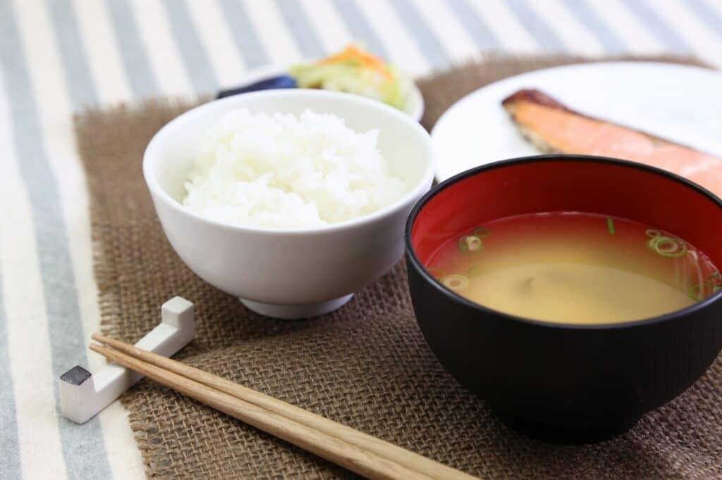妊娠中の味覚が変わる対策④:栄養バランスを考えた食事