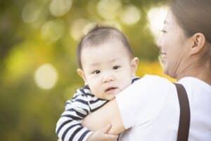生後11ヶ月の赤ちゃんの成長と育児のポイント! 身長や体重は? 離乳食の回数と量は?