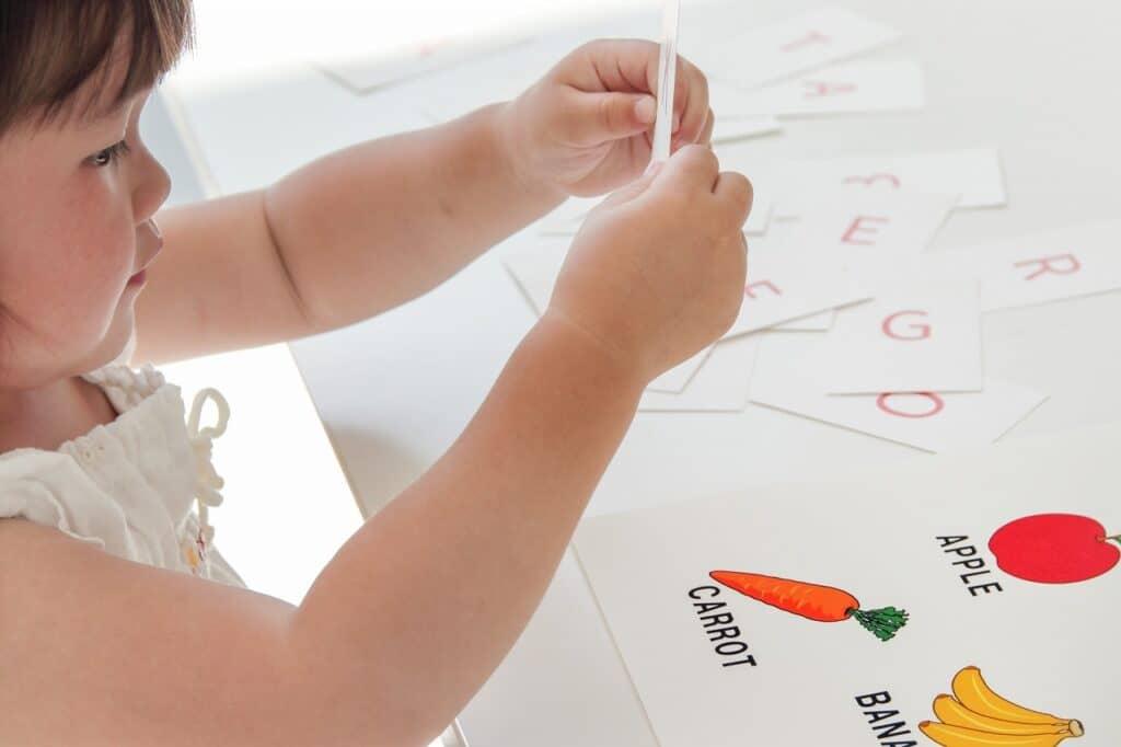赤ちゃんから始める英語教育! おすすめの勉強方法は?