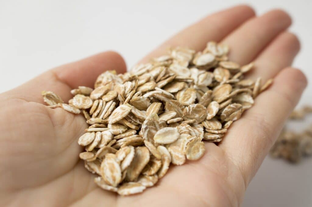 離乳食でオートミールを使うといい理由、栄養素は?
