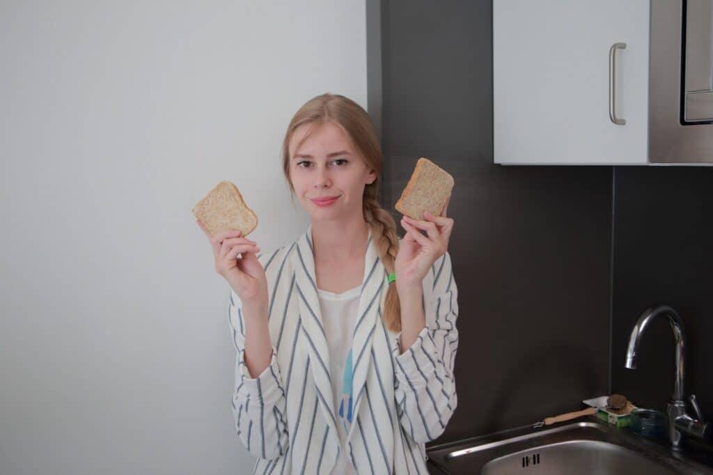 離乳食の食パンの下ごしらえ方法は?