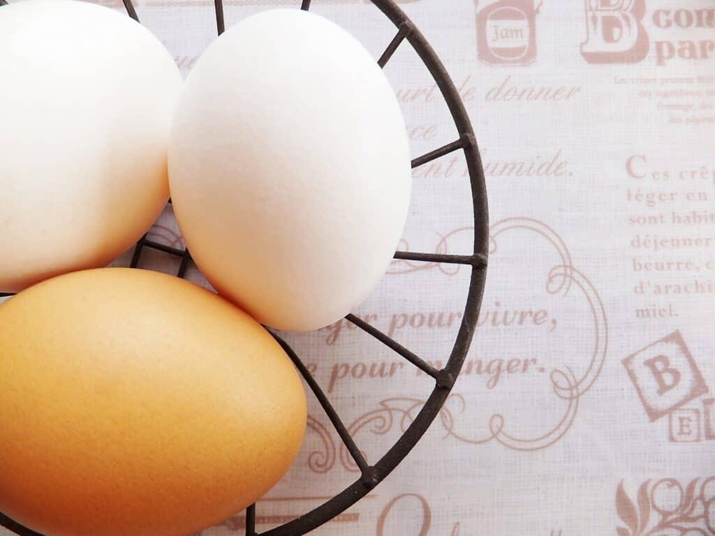 離乳食の卵は1回にどれくらいの量を与える?