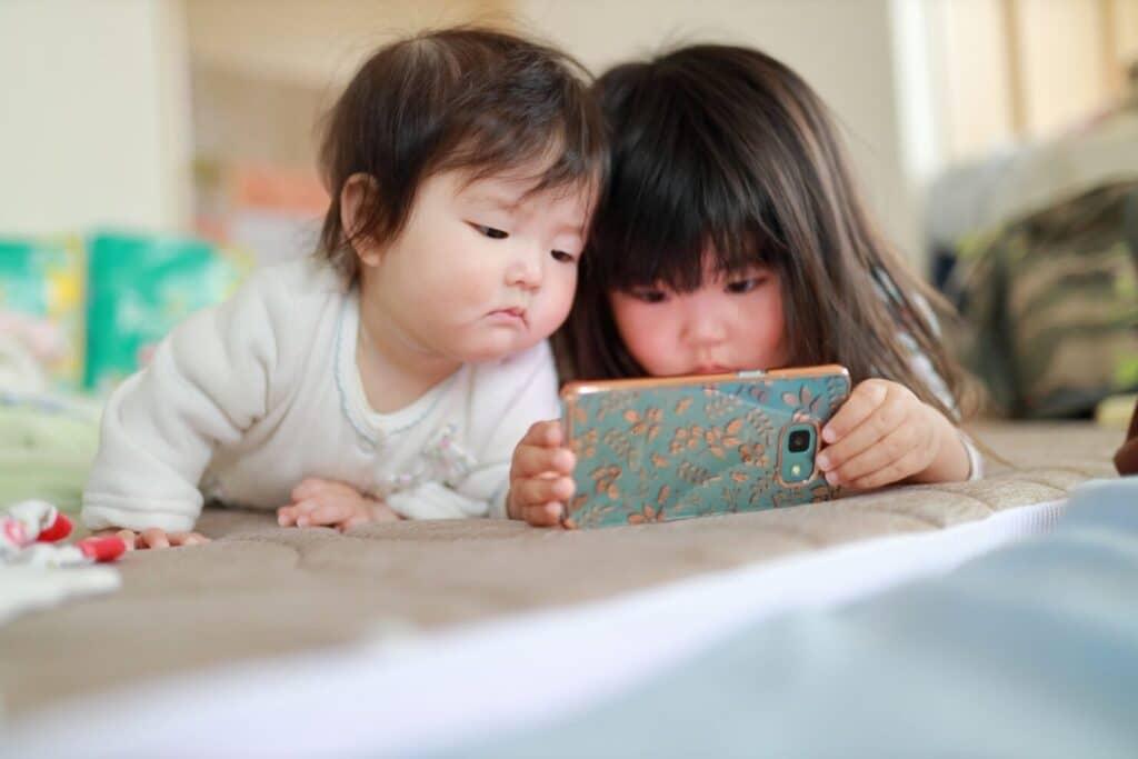 赤ちゃんが喜ぶ動画を知っておくと便利!