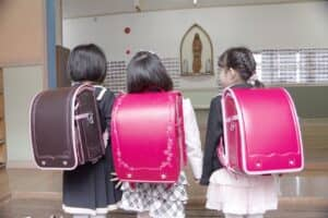 【2020年度 小学校の入学式の服装】女の子の入学式用ワンピースおすすめ12選をタイプ別に紹介!