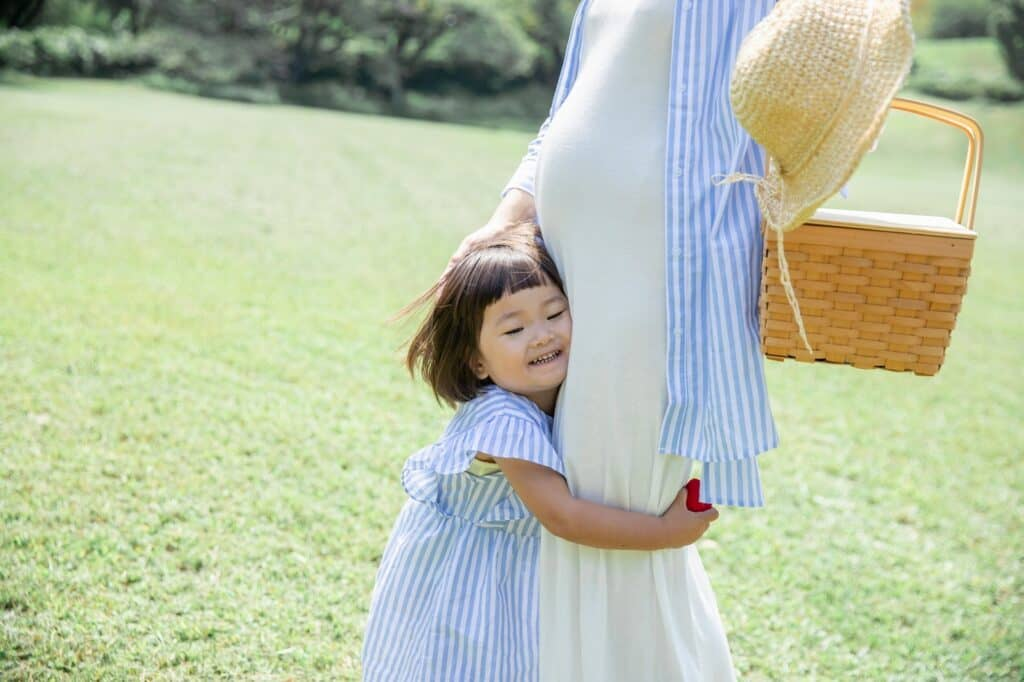 3人目出産平均年齢は33.5歳 高齢出産の注意点