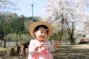 春生まれ(3月、4月、5月)の女の子の名前87選 春らしくてかわいい名前を紹介!