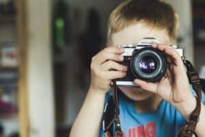 子供用カメラの選び方とおすすめ16選! 写真や動画撮影も! おもちゃのキッズカメラは赤ちゃんに人気