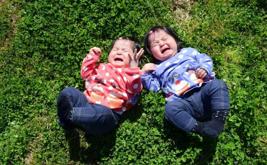 子供の癇癪で多い行動