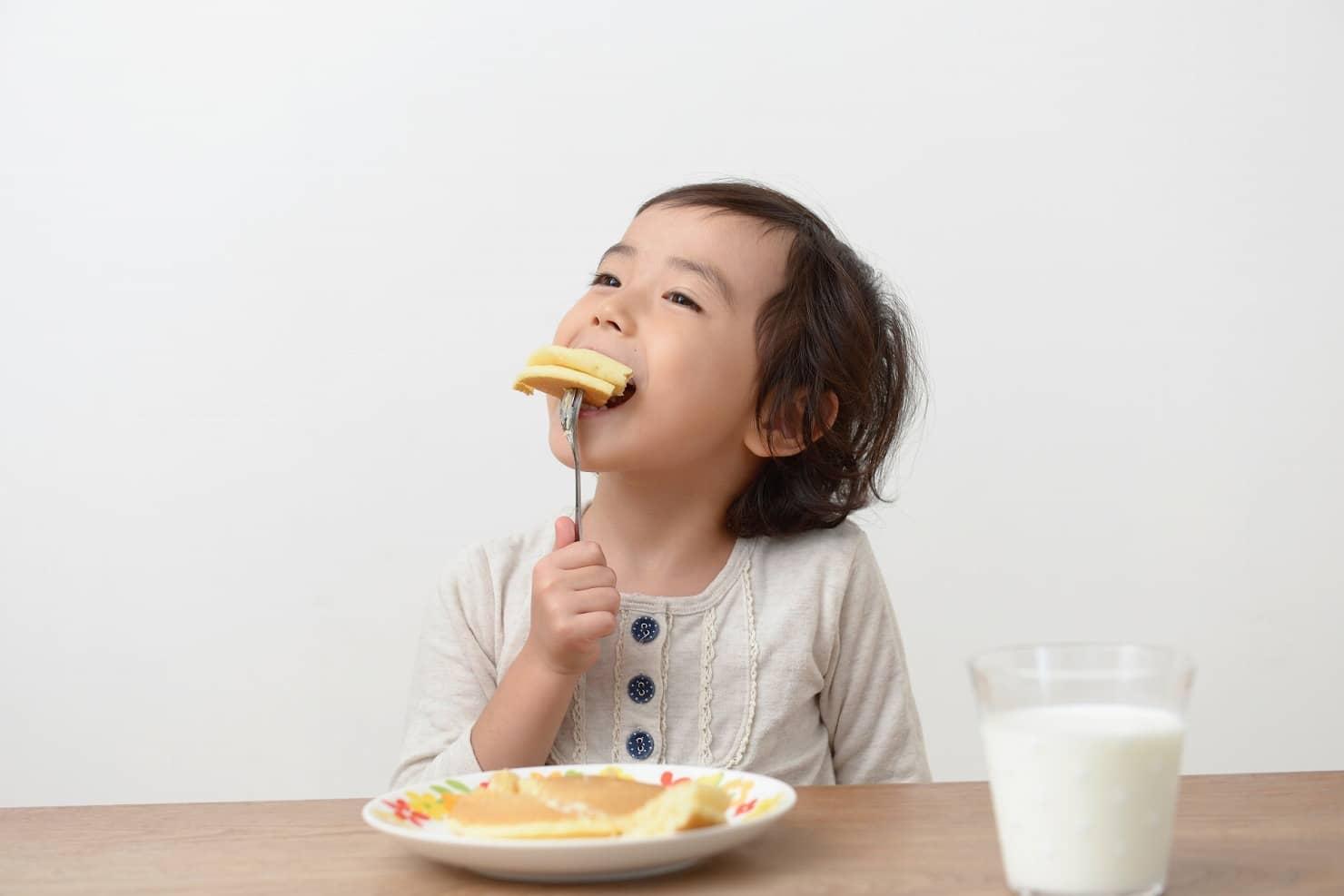 1歳の離乳食ケーキ:ホットケーキ