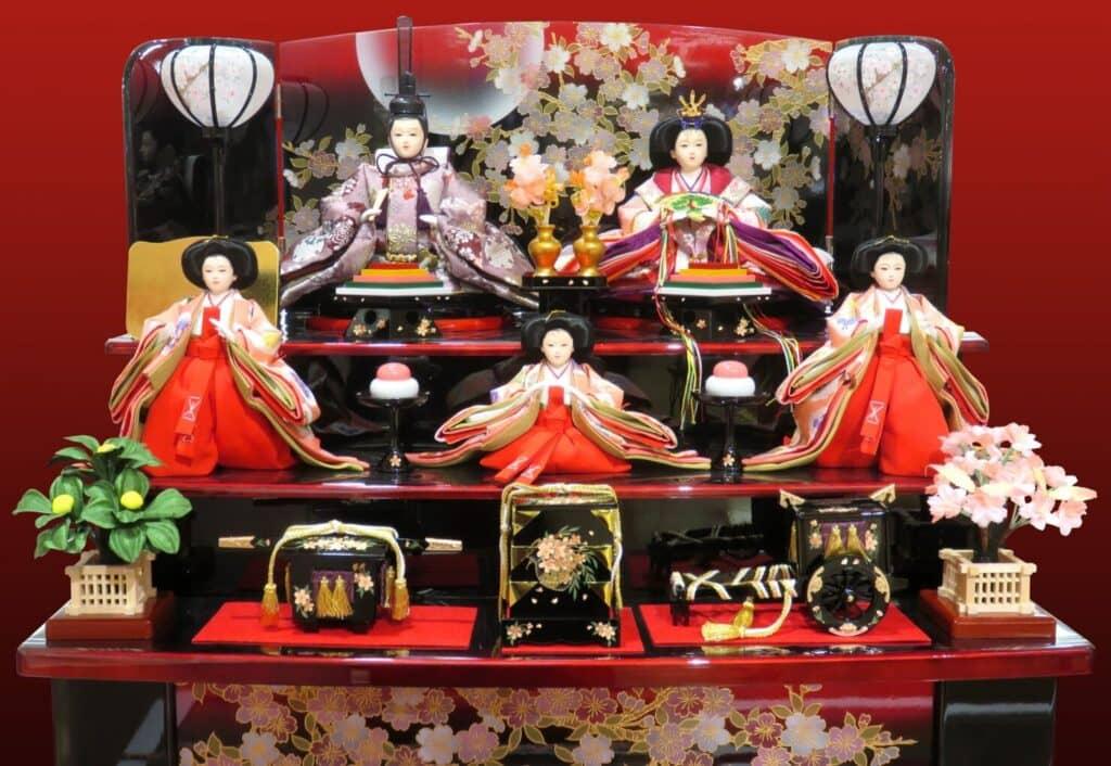 基本の雛人形の飾り方:三段飾り・五段飾り