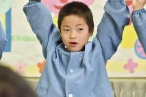 【0歳~5歳・年齢別】幼稚園・保育園のお遊戯会は何をするの? 衣装はママが作るの?