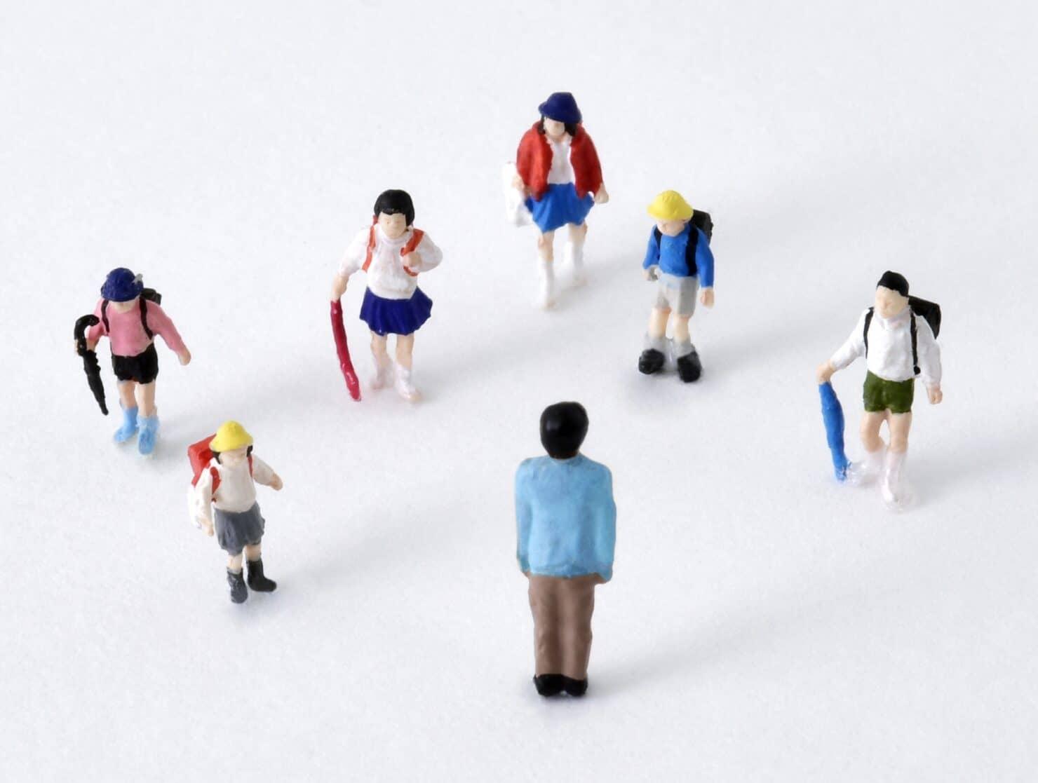 放課後児童支援員の仕事内容と働くメリット。資格取得までの方法とは?