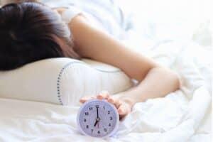 妊娠中のママが眠れないのはどうして? 妊婦の不眠の原因や不眠パターン、対処法を紹介