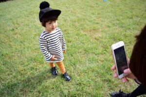 子供の撮影に便利なスマホ撮影グッズおすすめ11選! 手ブレなし、SNS映えな写真も撮れる?