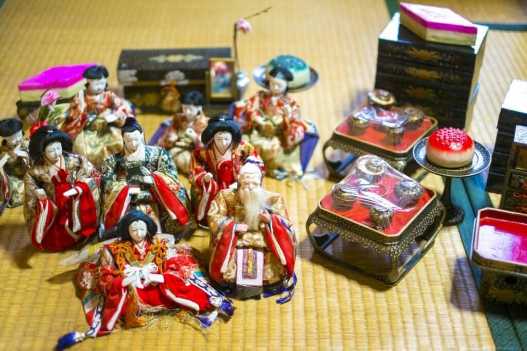 基本の雛人形の飾り方:七段飾り