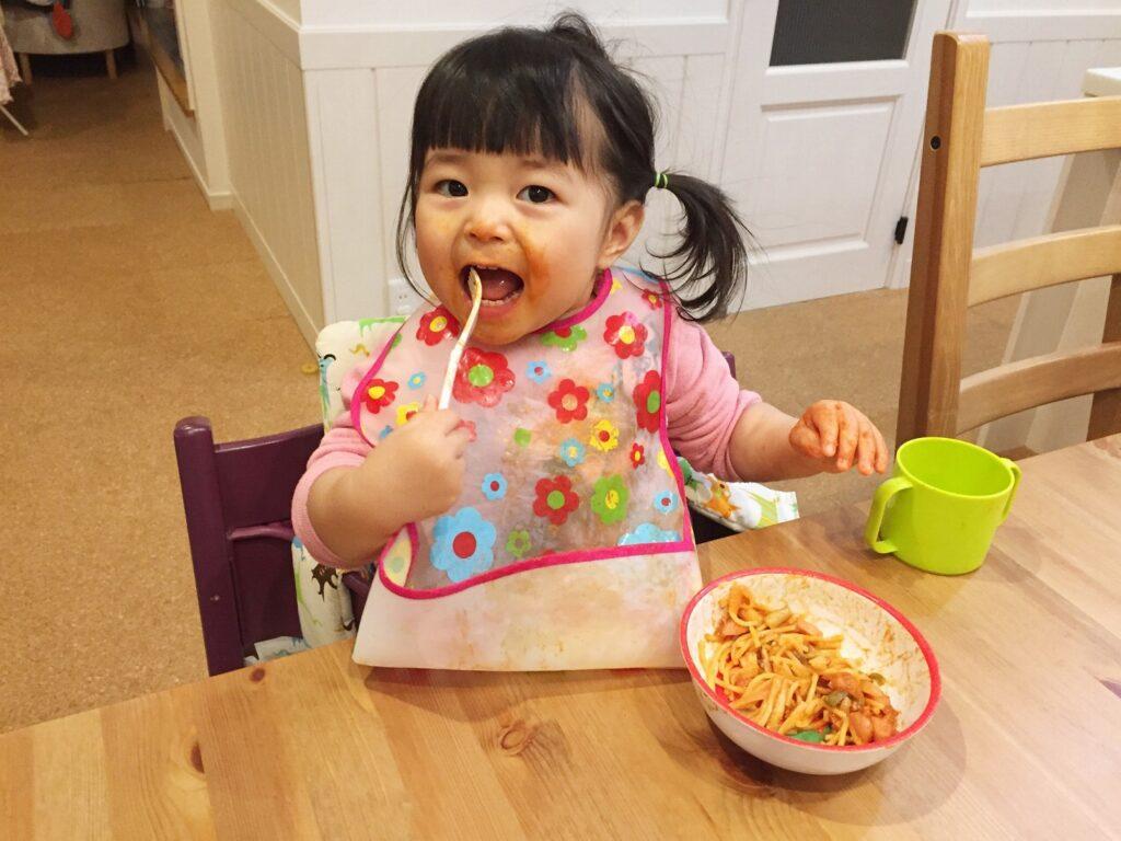 生後10ヶ月の赤ちゃんに離乳食をあげる時のポイントは?