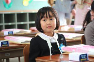 小学校の入学式の流れ、マナー、先輩ママの後悔したことをチェック!