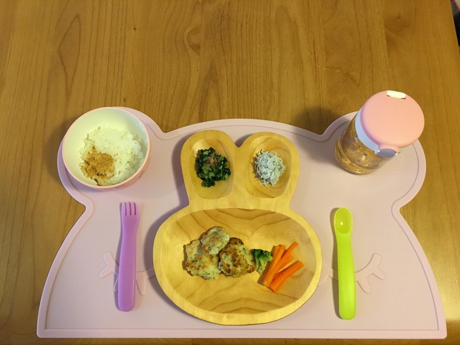 【管理栄養士監修】生後10ヶ月の離乳食の進め方や量は? レシピ15選も紹介!