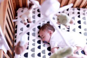 【赤ちゃんにおすすめのオルゴール10選】寝かしつけや泣き止ませにも使えるオルゴール