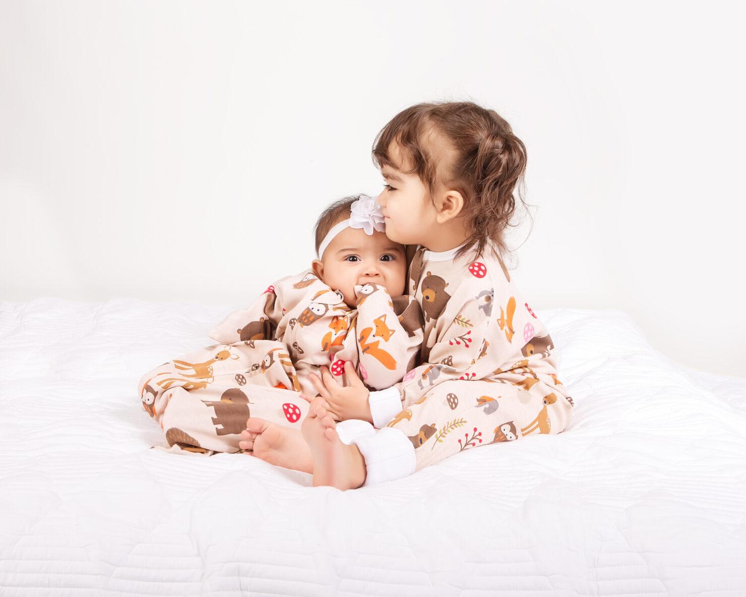 赤ちゃんの寝つきが変わる? おくるみ型パジャマ「スリーピングスター」が日本に上陸!