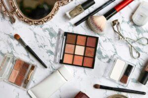 時短になる!? 忙しいママにおすすめの化粧品収納方法&収納アイテム7選