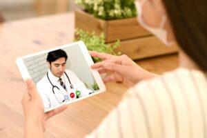 オンライン診療は赤ちゃんや子供も可能? メリットやデメリットは?