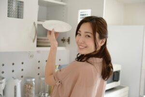 ママのお悩みを解決! 食器収納のポイントと使える食器収納グッズ9選