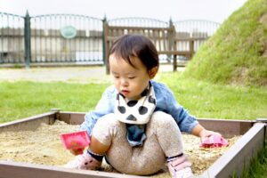 1歳9ヶ月の赤ちゃんの成長・発育は? 過ごし方とおすすめアイテム8選