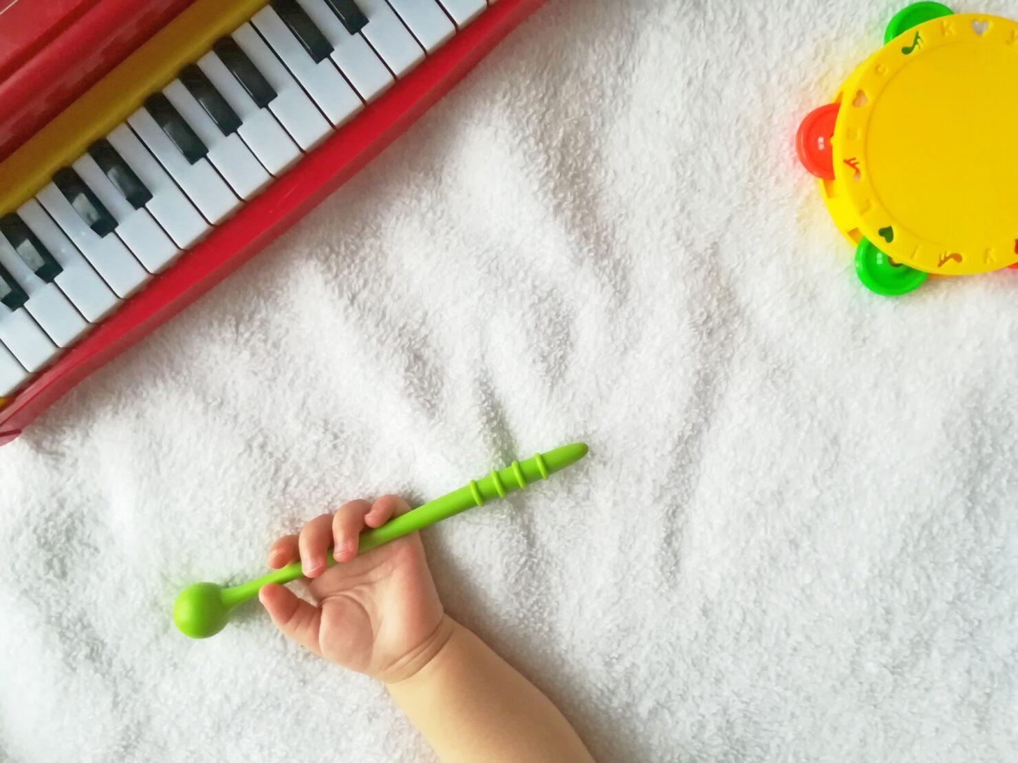 おすすめ楽器おもちゃ10選 年齢別の選び方・手作り楽器アイディアも紹介